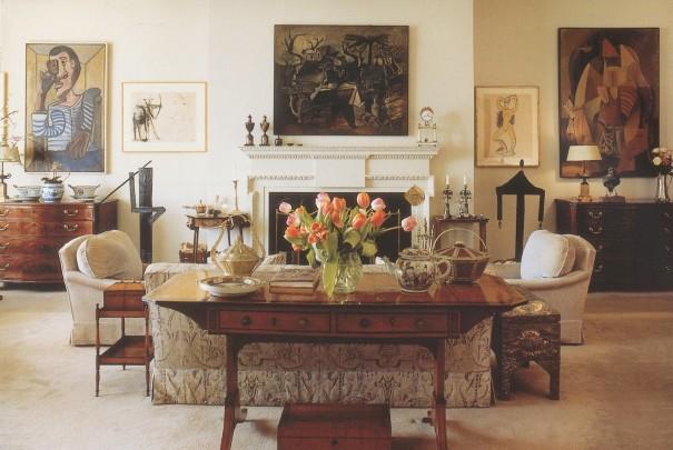 Le salon des Ganz avec, à gauche, Le marin, de Picasso