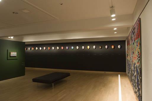 Salle Alfred Pellan. Œuvres provenants de la production de La nuit des rois (1968). Gracieuseté du Musée national des Beaux-Arts du Québec (Québec).