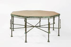 Diego Giacometti, table octogonale aux caryatides, vers 1983, estimée 1 200.000 à 1,5 million   de dollars