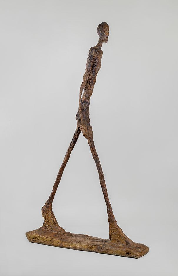 Alberto-Giacometti_-Homme qui marche-II -1960 -plâtre -188_50-x-29 10 x 111 20-cm -coll.-Fondation-Giacometti_-Paris_-photo.-M.LAC